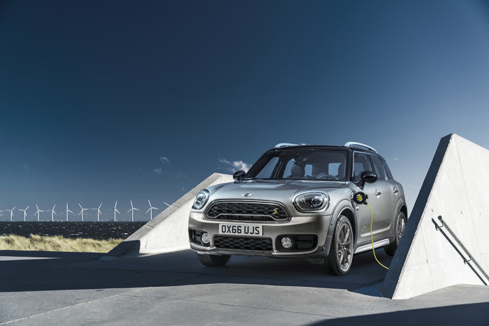 MINI Countryman Electric 2017 thecomminity